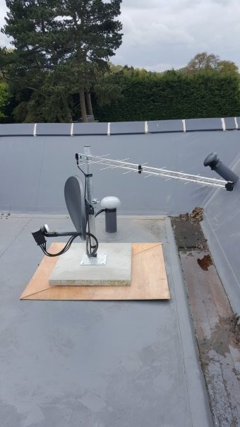 Patio mount on a 600x600mm slab and on ply to protect the ro…