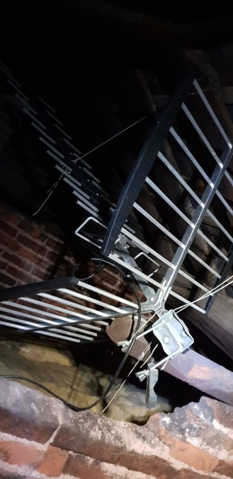 We came across this aerial installation in a loft, it was he…